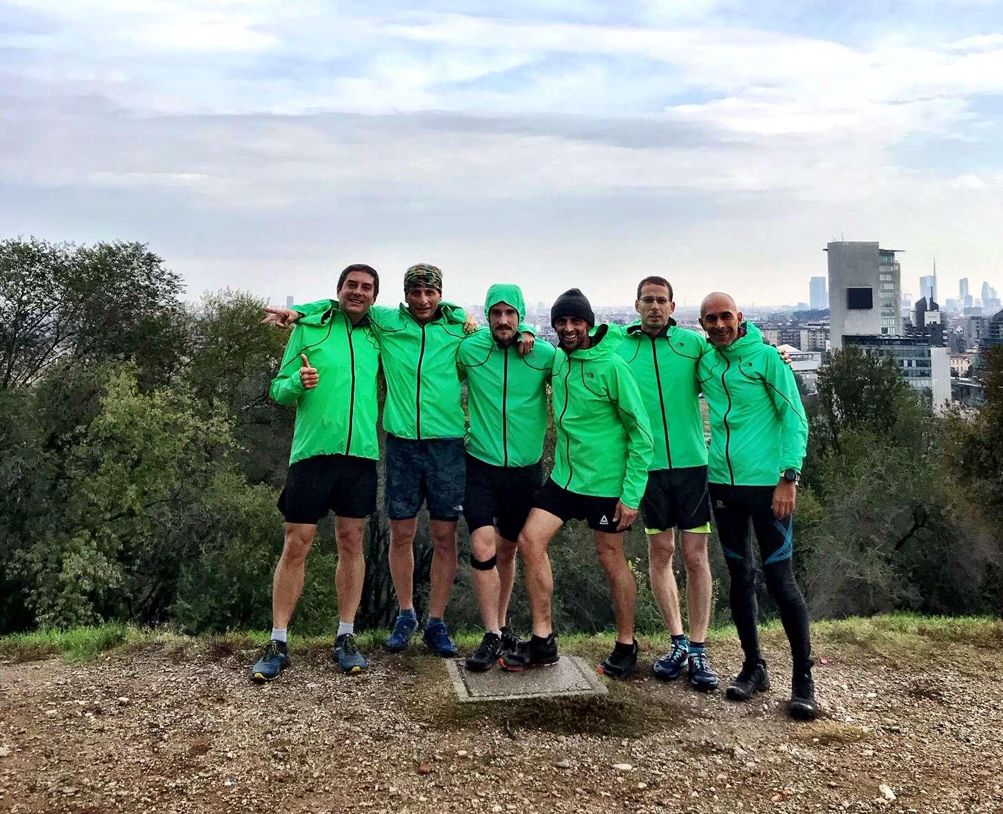 Il gruppo di giornalisti che ha testao in diretta la nuova giacca da running e multisport con tecnologia FUTURELIGHT