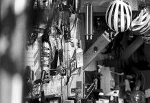 Colin Strickland - garage - Il dolce sollievo dell'attesa