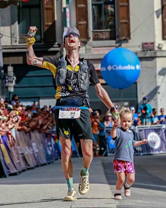 Scotty Hawker, 3° posto finale all' UTMB del 2019 a Chamonix. Correre nella Fase 2 non comprende ancora l'organizzazione di eventi sportivi del nostro settore. Quanto dovremo ancora aspettare?