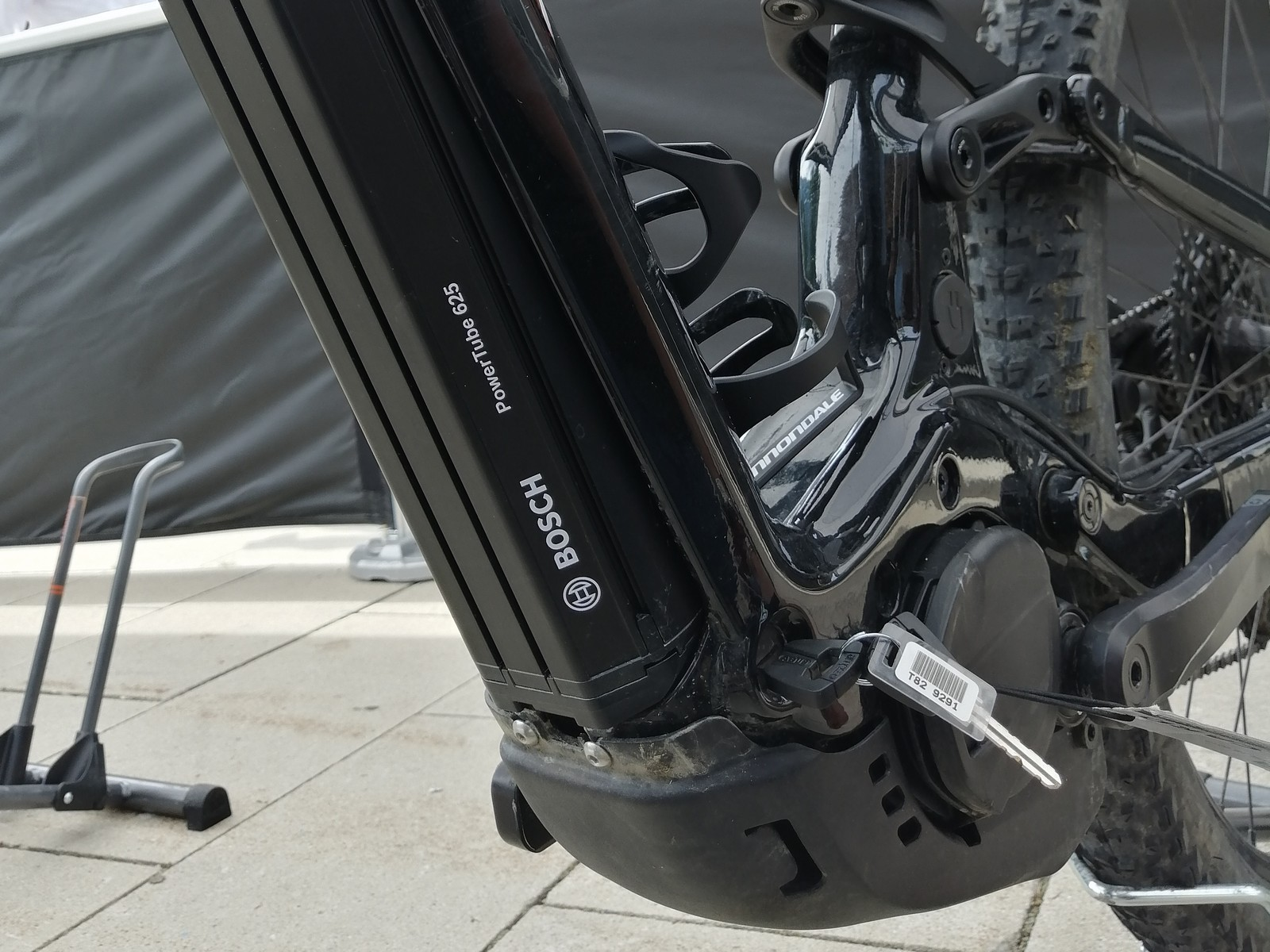 Bosch PowerTube 625 Wh - Cannondale Moterra Neo