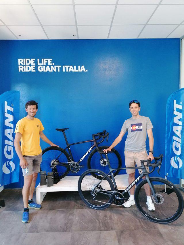 4x4000 con le biciclette GIANT