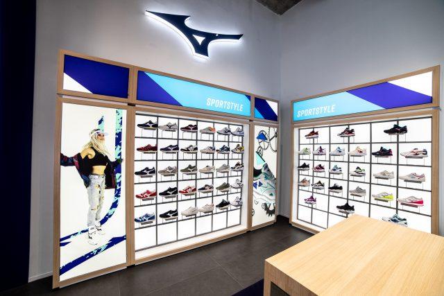 Il primo Mizuno Flagship Store d'Europa è stato ufficialmente inaugurato a Torino, aprendo le porte al pubblico nella giornata di sabato 30 maggio.