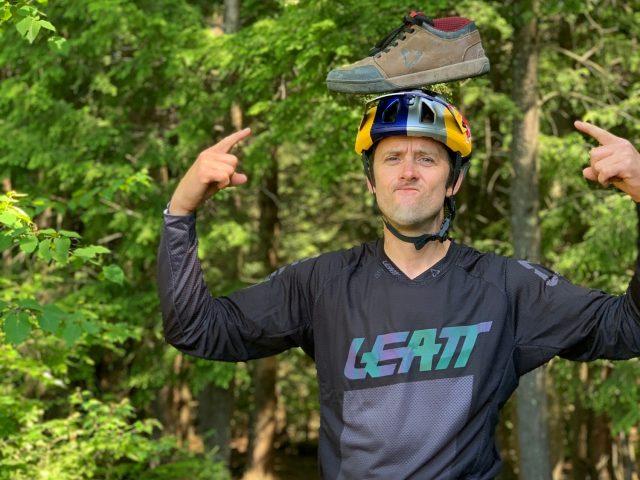 Leatt MTB 3.0 Aaron Chase - lifestyle