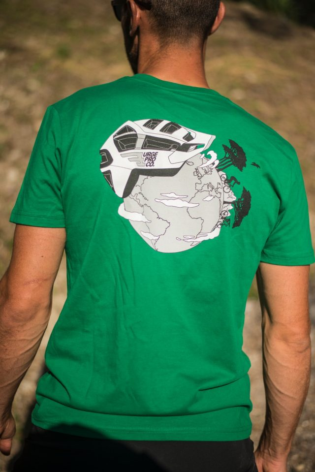 Urge To Protect t-shirt - retro