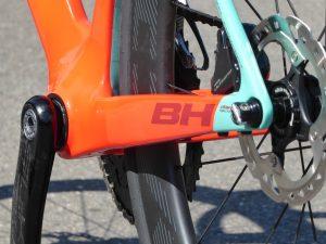 BH Bikes G8 Disc una aero dal design proprio