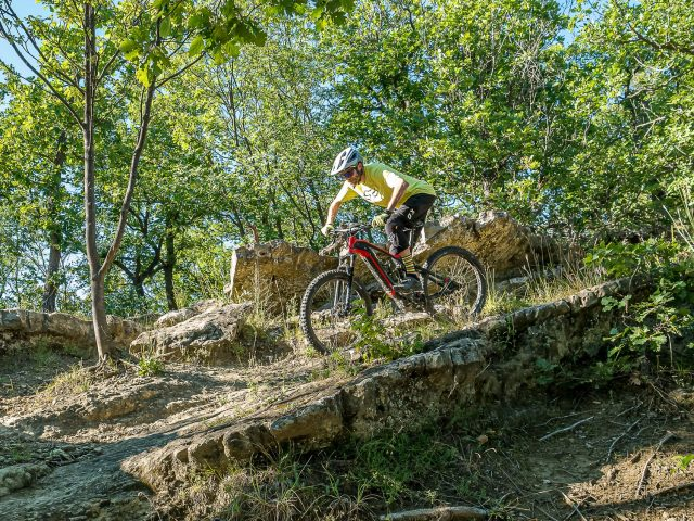 Brinke X5R+ Race test - discesa roccia