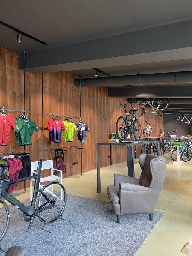 Bike me Hub - store