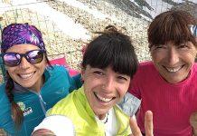 """A destra Gisella Bendotti, raggiante all'arrivo, insieme alle due nipoti Sabrina ed Elisabetta con cui ha condiviso la salita, che la vedrà vittoriosa anche in questa """"Special edition""""."""