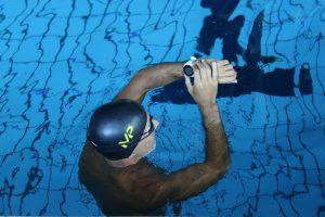 Il nostro direttore responsabile Marco Melloni durante il test di ieri in anteprima presso la piscina della Canottieri Olona di Milano