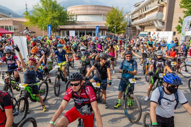 Valtellina E-Bike Festival - Trail Experience - partenza gruppo