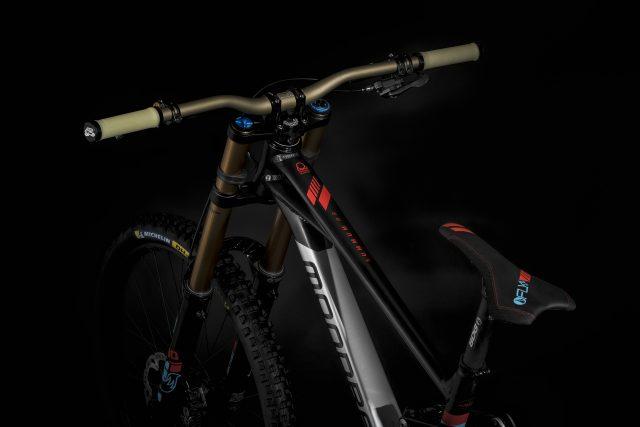 Mondraker Summum MY21 - bici 02