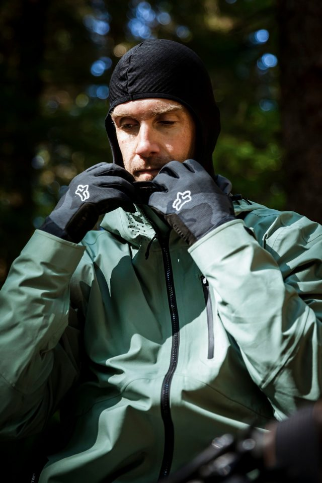 Fox Defend Thermo Hooded Jersey 03