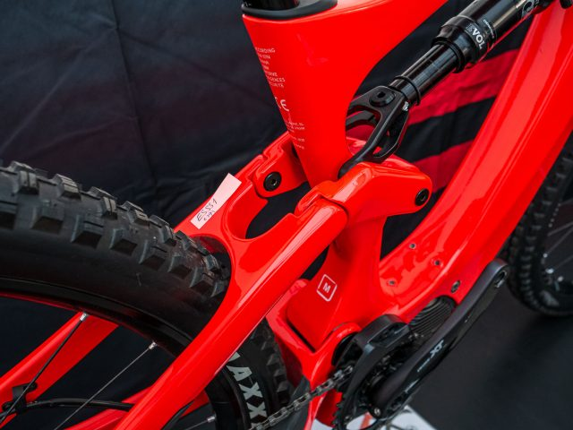 BH Xtep Carbon MY21 - carro 02