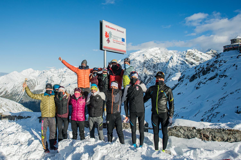 I 10 atleti al Passo dello Stelvio dell'AlpFrontTrail