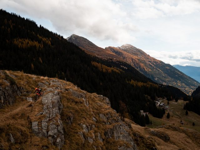 Fall without Falling photogallery ode al riding autunnale - 21