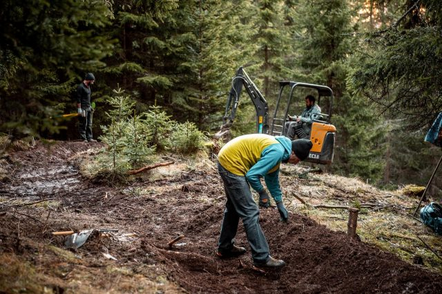 Fassa Bike Park Trail Building 03