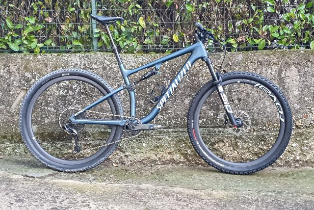 Specialized Epic Evo Expert - lato
