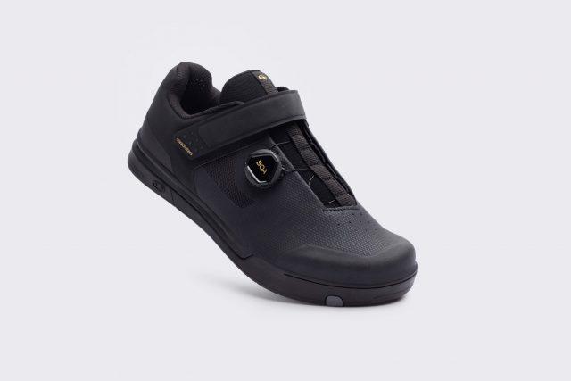 Mallet Boa shoe