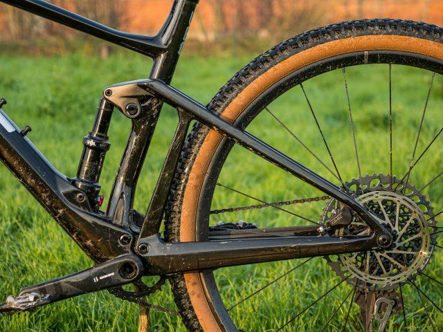 BMC Fourstroke 01 LT One - still 03
