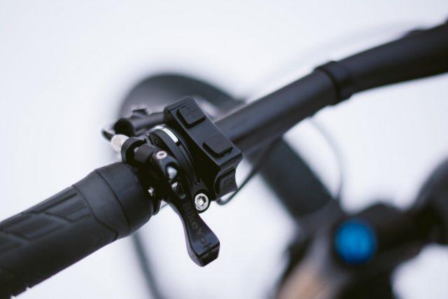 iLynx Race Carbon - comando