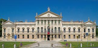 Villa Pisani, partenza della 35^ Venicemarathon