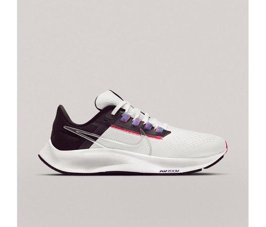 Nike Air Zoom Pegasus 38 è disponibile per i Nike Member dal 15 aprile