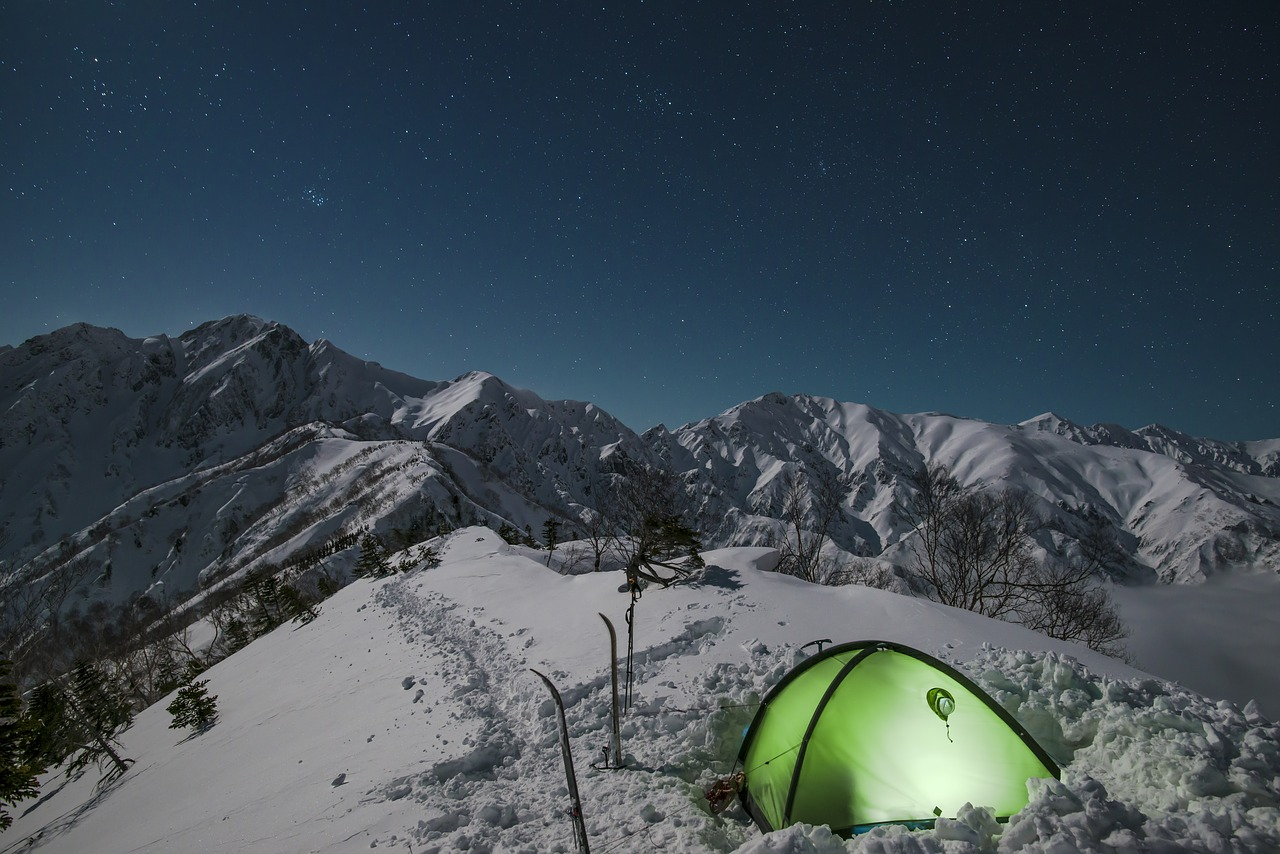tenda su neve