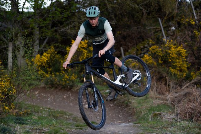 Schwalbe Wicked Will MY22 - action