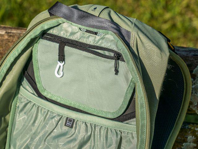 Evoc Trail Pro 16 Review - 05