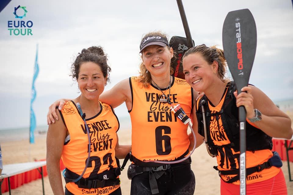 Caterina, Amandine Chazot e Fiona Wylde a Vendee Gliss.