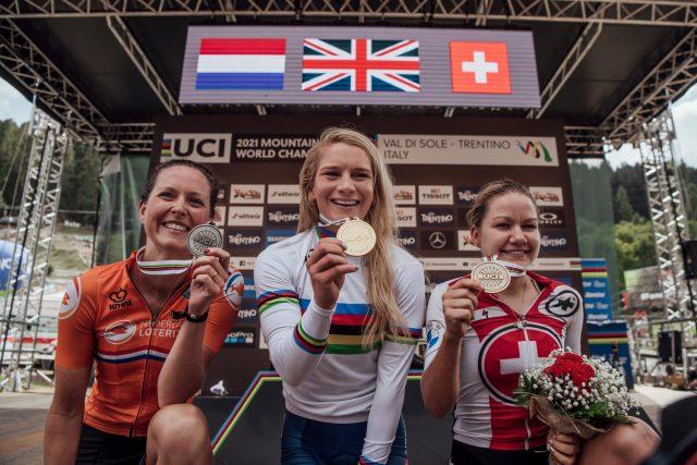 Val di Sole 2021 - podio XCO Elite Women