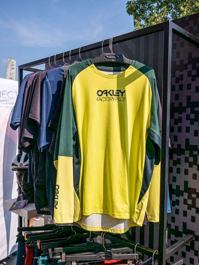 Oakley abbigliamento MTB - 01
