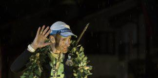 Franco Collé vittorioso a Courmayeur nell'emblematico scatto di Stefano Jeantet, sono le 4:43 del mattino!
