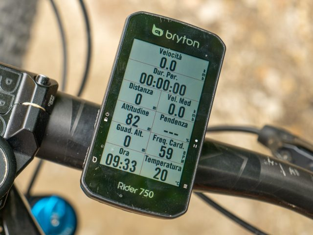 Bryton Rider 750 - 01